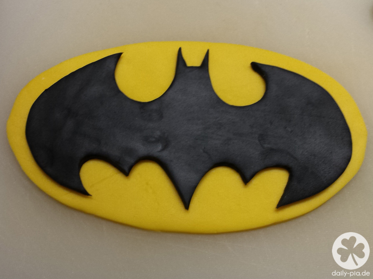 Bis Einer Heult How To Bake A Batman Cake