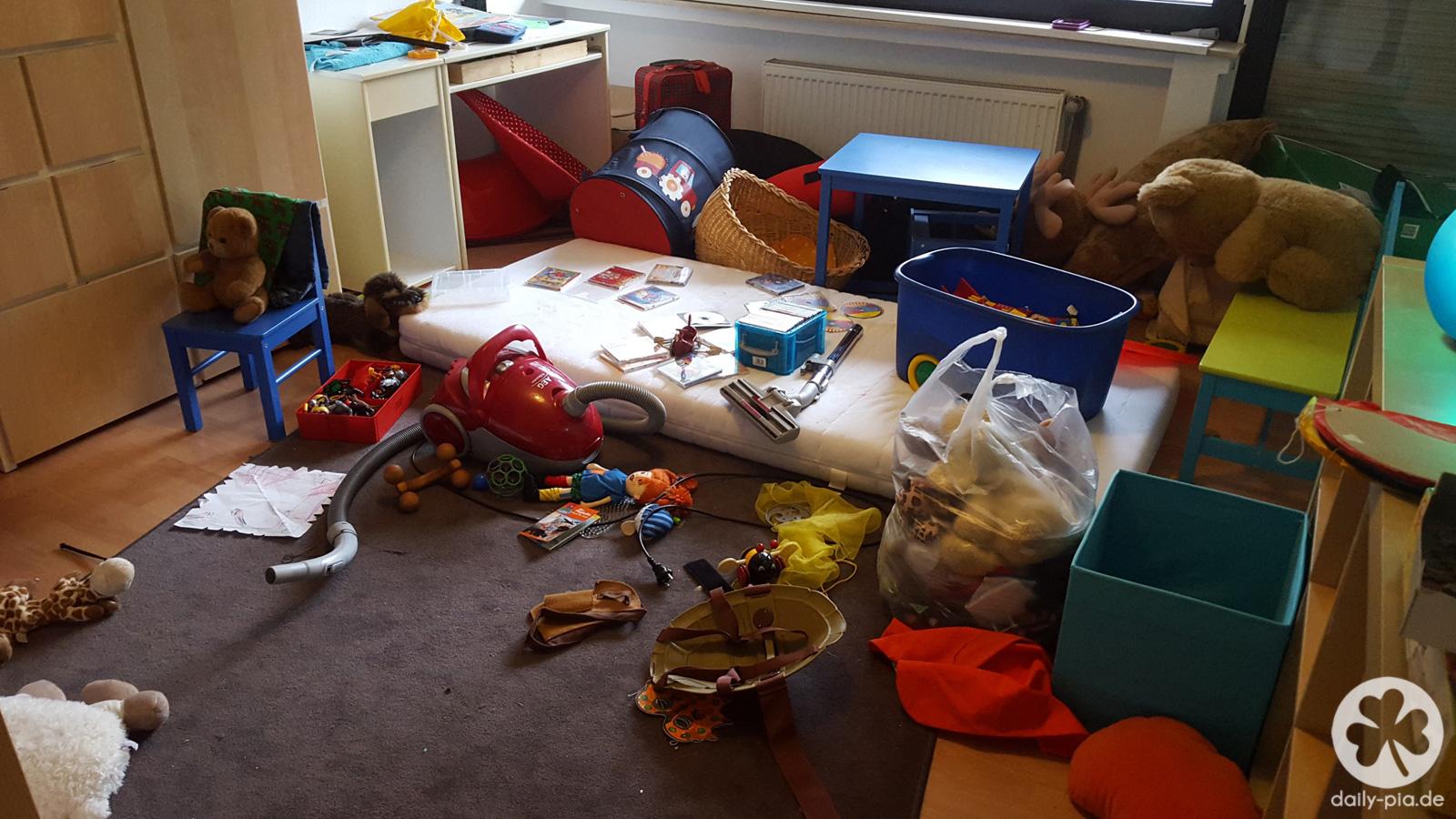 Bis einer heult was von den ferien brig blieb for Kinderzimmer unordnung