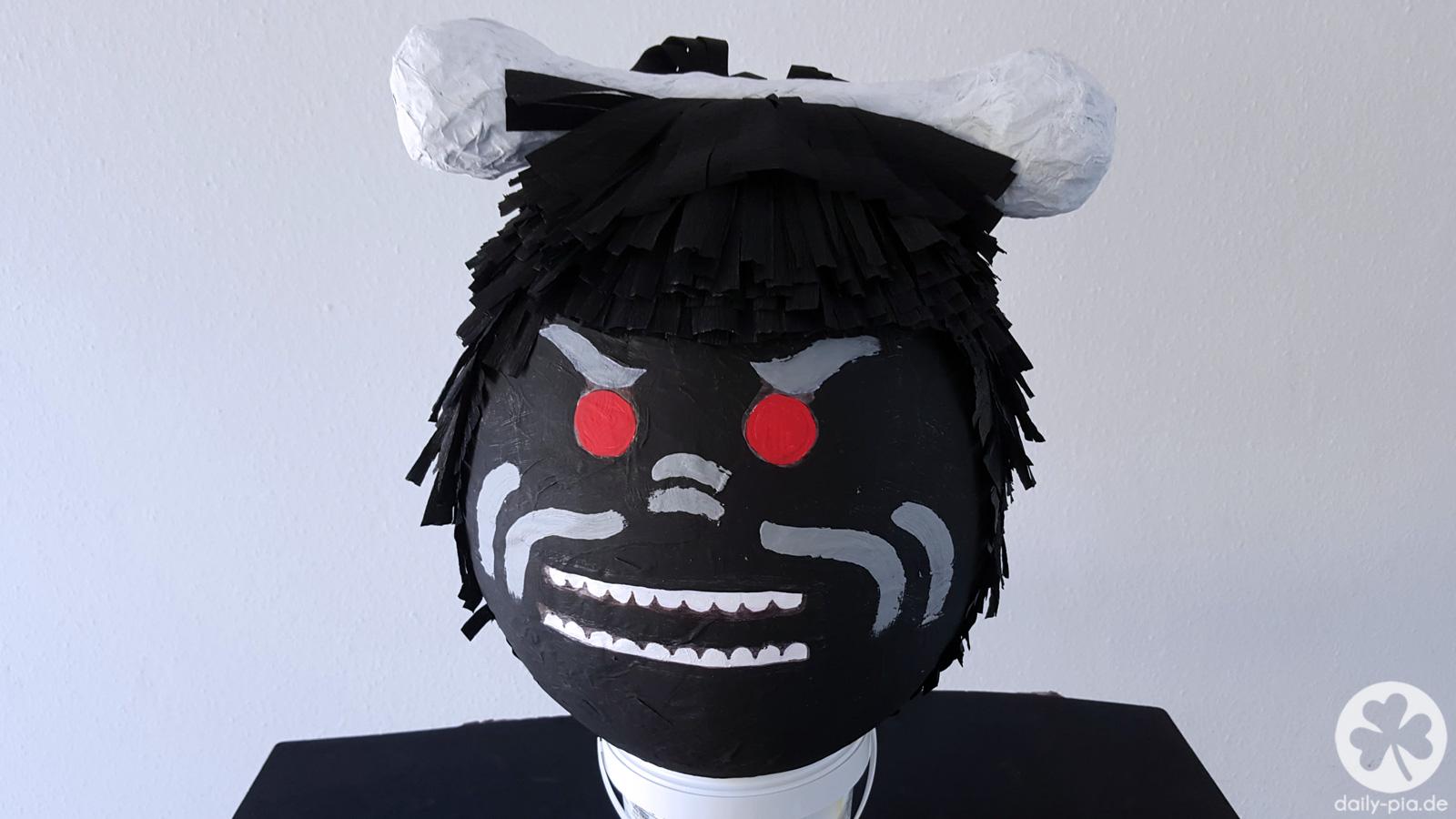 Ausmalbilder Ninjago Gesicht: Bis Einer Heult! • Die Ninjago Piñata
