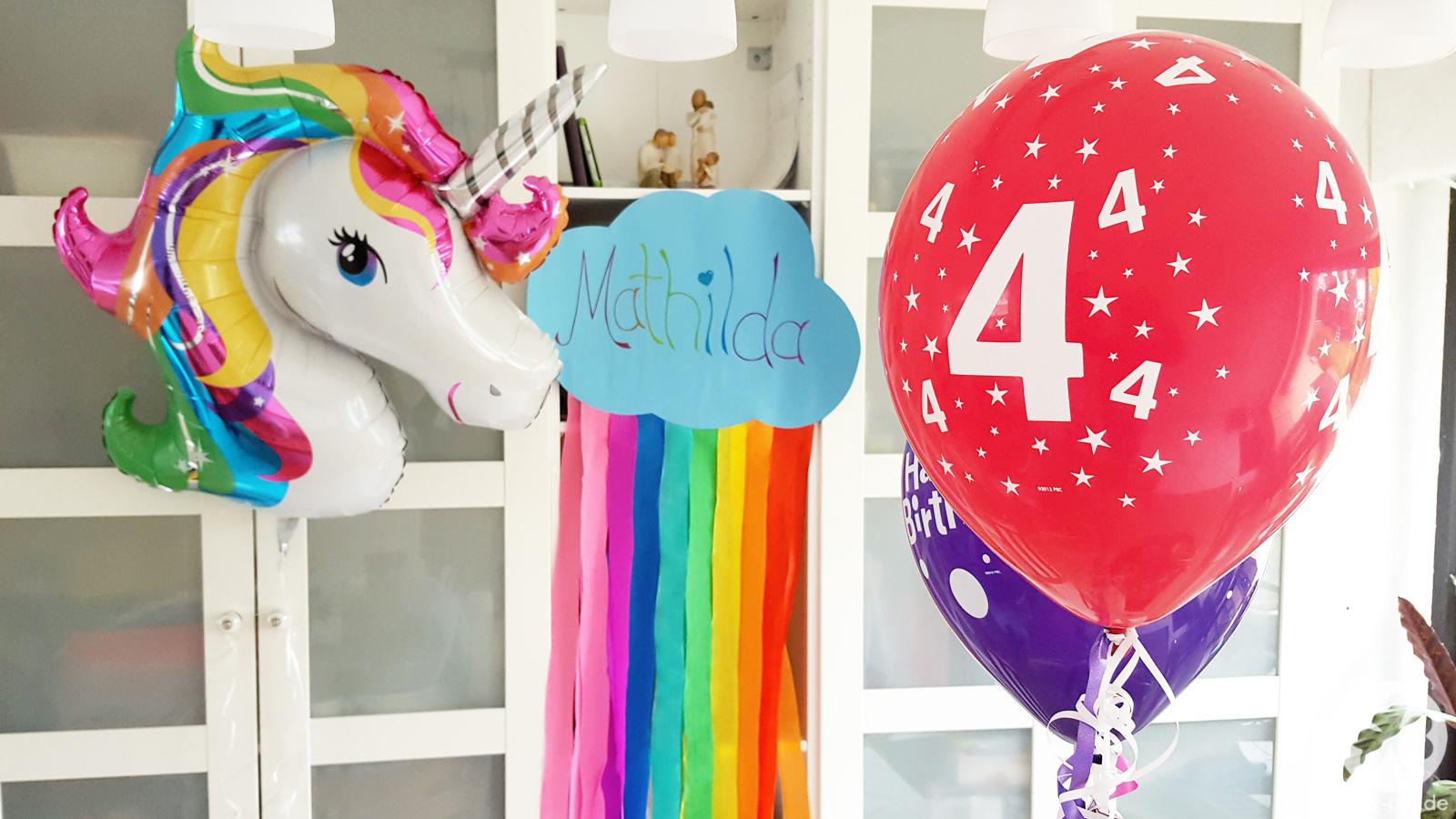 Der Regenbogen-Einhorn-Geburtstag