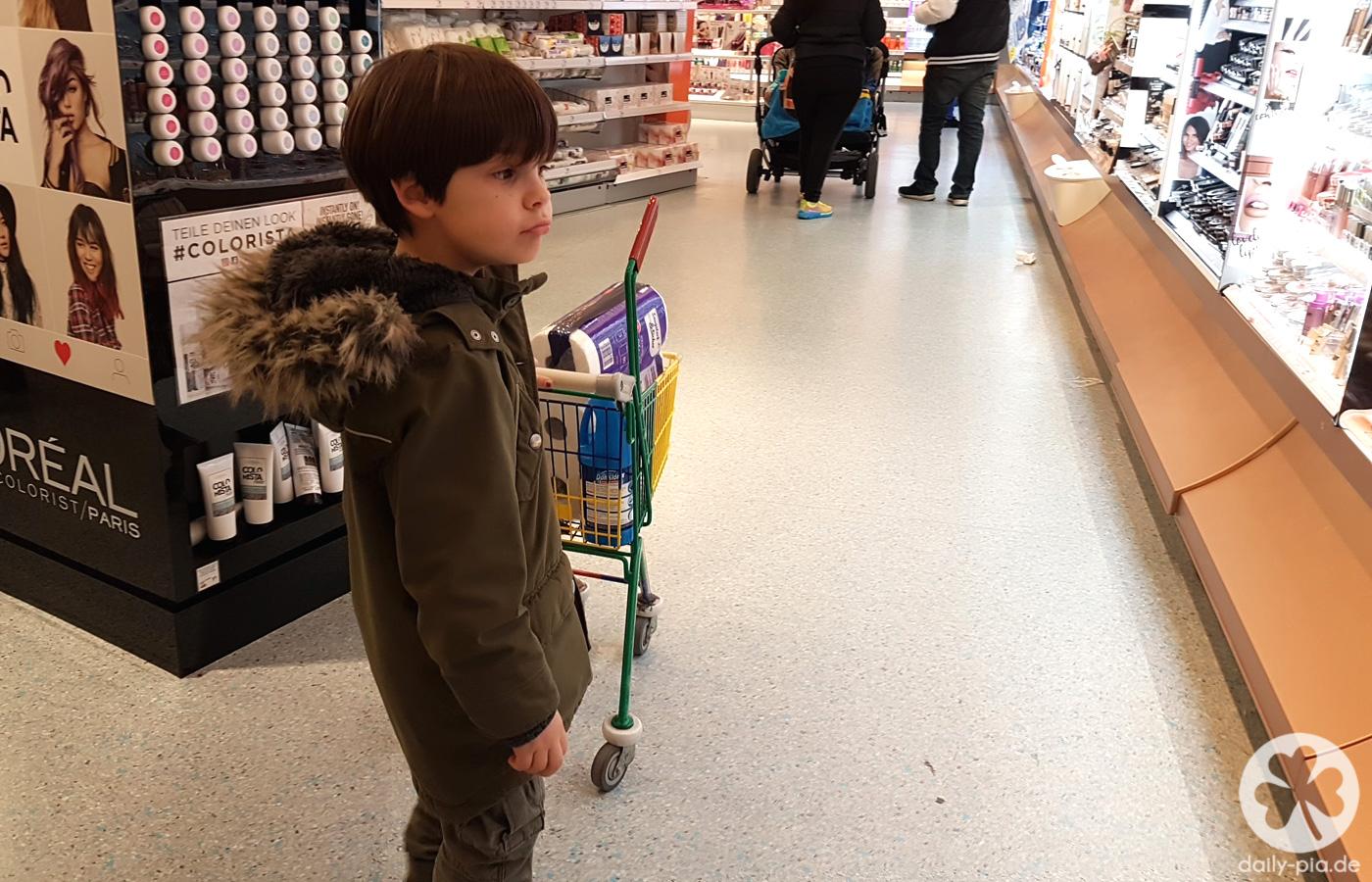 Shopping, Eis, Bummeln & Sushi